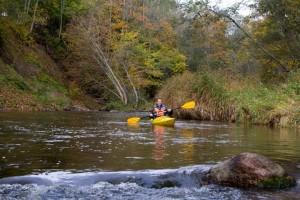 Akmenos upe Turistauk baidaremis